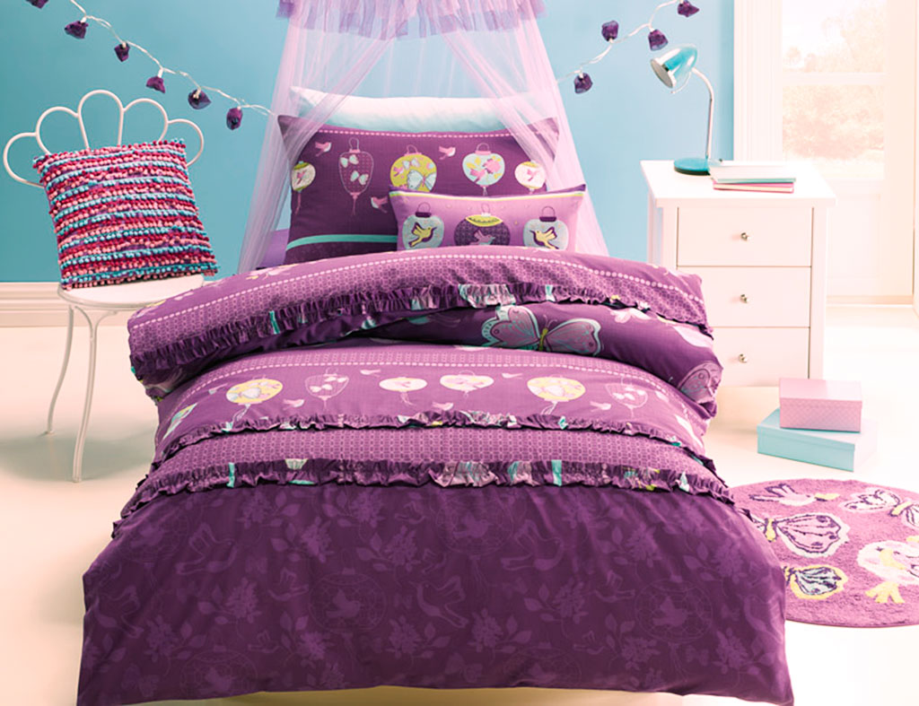 butterflylantern-bedding-close.jpg