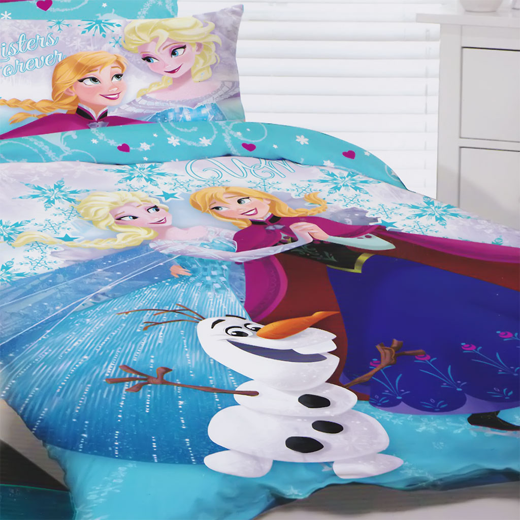 frozen-bedding-glitter-close.jpg