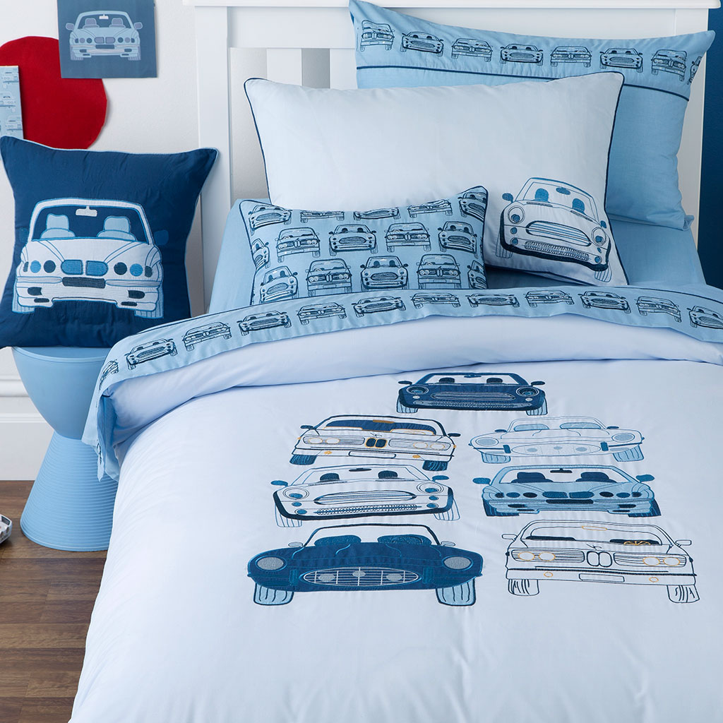 stacked-cars-bedding-close.jpg