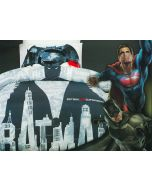 Batman takes on the Man of Steel in a battle like no other on this Batman v Superman: Dawn of Justice bedding set.